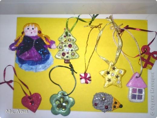 Новогодние игрушки из солёного теста фото 1