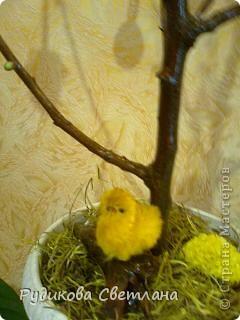 вот такое дерево я сделала к Пасхе и подарила его в нашу церковь фото 4