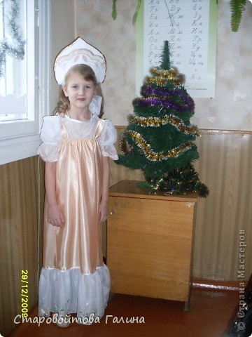 Вот  такое  платье  я  сшила  своей  дочери  на  выпускной  в  детский  сад фото 4
