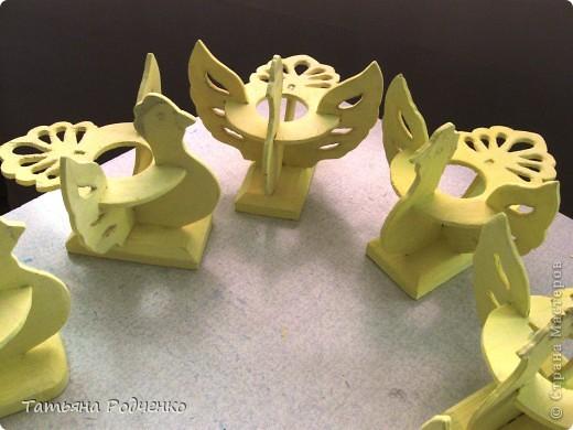 К светлому празднику Пасхи мы приготовили вот такие сувениры. Выполнены они из фанеры, расписаны гуашью. фото 5