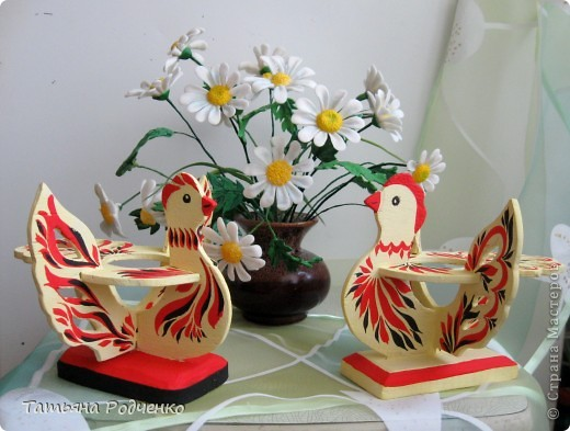 К светлому празднику Пасхи мы приготовили вот такие сувениры. Выполнены они из фанеры, расписаны гуашью. фото 6
