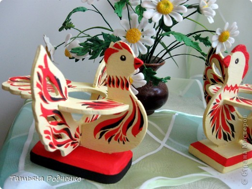 К светлому празднику Пасхи мы приготовили вот такие сувениры. Выполнены они из фанеры, расписаны гуашью. фото 8