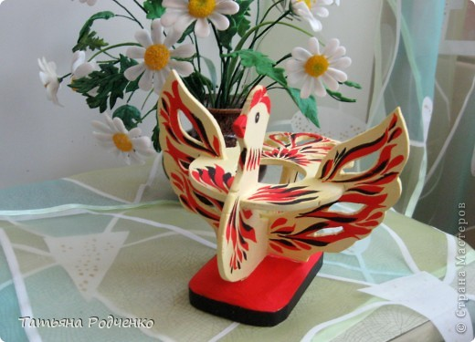 К светлому празднику Пасхи мы приготовили вот такие сувениры. Выполнены они из фанеры, расписаны гуашью. фото 9