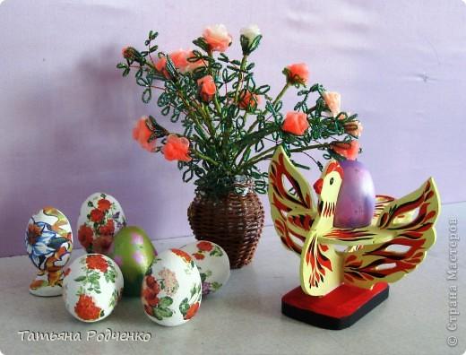 К светлому празднику Пасхи мы приготовили вот такие сувениры. Выполнены они из фанеры, расписаны гуашью. фото 12