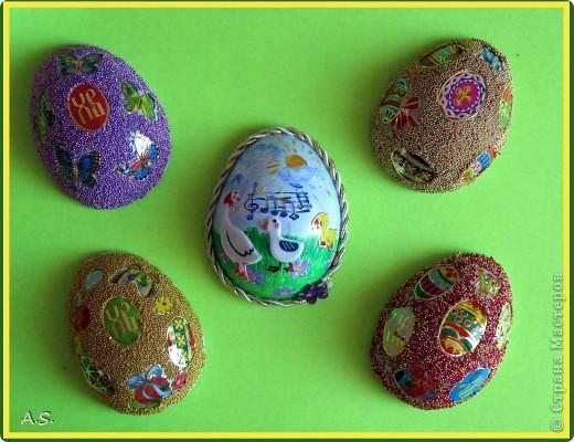 Такие яички-магниты мы с дочкой сделали на Пасху в подарок родственникам, друзьям, преподавателям фото 2