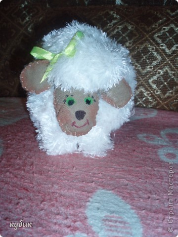 Вот такую овечку я увидела у наших мастериц и тоже захотела.Огромное вам спасибо!!!!!!!!!!! фото 1