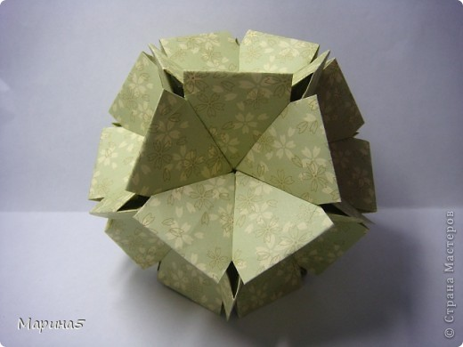 Ну и опять продолжение книги Unit Origami Fantasy. Одна из моих любимых кусудам, собирается без клея. Стр.145-146 фото 7