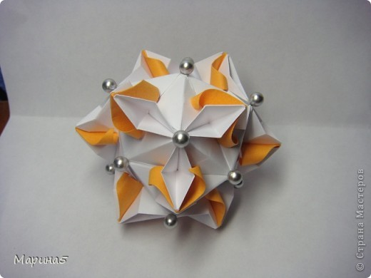 Ну и опять продолжение книги Unit Origami Fantasy. Одна из моих любимых кусудам, собирается без клея. Стр.145-146 фото 4