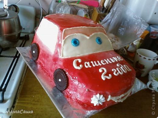 Попросили сделать ярко-красную машину малышу на день рождения. Вот какая получилась! фото 2