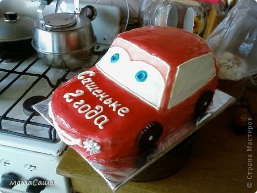 Попросили сделать ярко-красную машину малышу на день рождения. Вот какая получилась! фото 3