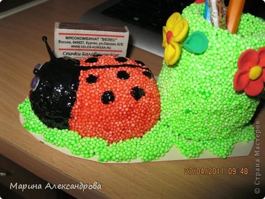 Божья коровка-карандашница №2 из шарикового пластилина! фото 12