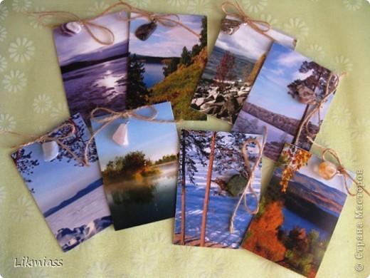 """""""Гляжу в озера синие"""" - так называется моя новая серия АТСок. И не было бы в ней ничего особенного, если бы не эти фото. А фото эти сделаны моими коллегами, моими друзьями, которые бесконечно любят край голубых озер, наш Миасс. Я постаралась выбрать виды  нашего знаменитого озера Тургояк в разные времена года. Озеро Турояк - жемчужина южного урала, чистейшее и красивейшее, великолепное и загадочное. Оно поит своей живительной влагой, лечит своим легким родоном, дает прохладу в жаркий день и дарит умопомрачительной красоты виды с любого его берега. Озеро питается только подземными источниками, в него ничего не впадает и ничего не вытекает . Оно самодостаточно и величаво.Оно великолепно. В приложение и дополнение к величию и красоте озера Тургояк я добавила на каждую АТСку наши Миасские минералы и поделочные камни. Вся таблица Менделеева представлена в нашем Ильменском заповеднике и это тоже уникальное явление природы матушки. Камни  в виде кулонов, так что можно развязать бантик, снять кулончик и пофорсить. Итак начнем... фото 1"""