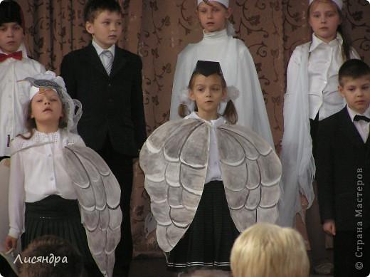 """Завтра в школе концерт. Класс моего сына поёт на нём песню """"Золотая свадьба"""". Помните? Бабушка рядышком с дедушкой.... Мой сын соответственно дедушка ))) Надо было сделать что-то для роли дедушки. Макс сказал, что надо сделать (со слов учительницы) цилиндр, монокль и трость. Вот такой вот будет дедушка-денди )))  фото 6"""