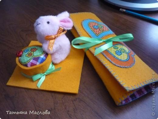 Подарочек одной рукодельнице-игольница и пенальчик для маркеров