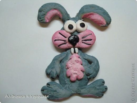 Заяц вообще многострадальный!!!! У него поочерёдно отваливались, то уши. то голова.... фото 1