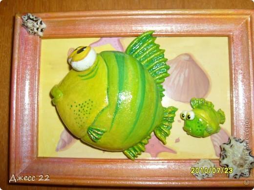 Рыб из детской книжки. Рыбёнок появился в процессе.