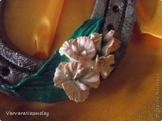 Моя самая первая подковка!!! Делала для мамы подруги, женщины с безграничной душой и сердцем!!!! Гладиолусы ее любимые цветы.  фото 4
