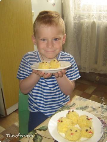 Здравствуйте, жители Страны Мастеров! Рада вас видеть у себя на страничке. Сегодня днём, когда у моей младшей дочки Юлианы был сон.час, мы с сыном Мишей тихонько колдовали на кухне и приготовили такие вот пироженки. фото 12