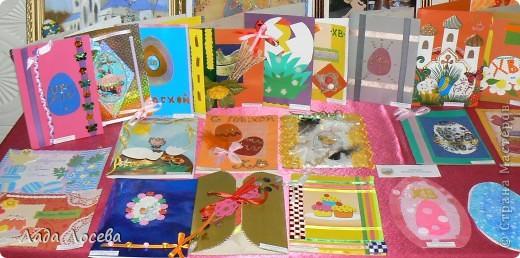 В нашем городе прошло открытие пасхальной выставки. Были представлены рисунки и поделки маленьких и взрослых мастеров. Разнообразие техник и материалов, красочность работ восхищает. фото 3