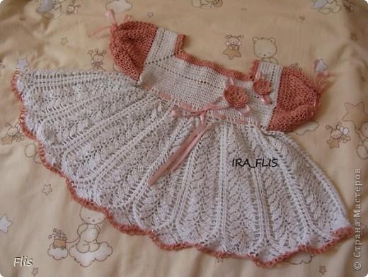 Платье-туника на девочку 1-1,5 лет. Вязала из Тулипа, нитки сложные в вязании, но очень понравились в носке и приятные к телу. фото 4