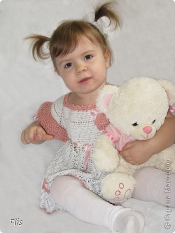 Платье-туника на девочку 1-1,5 лет. Вязала из Тулипа, нитки сложные в вязании, но очень понравились в носке и приятные к телу. фото 6