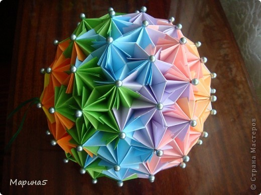 Ура!!!! Я это сделала!!! Я закончила штудирование книги Unit Origami Fantasy. Эта кусдама моя гордость, состоит из 270! модулей Муравьинный лев, стр.152-154 фото 2