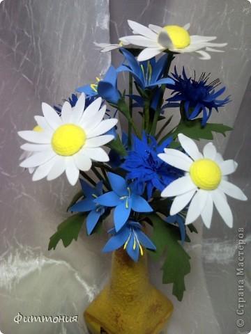 Снова полевые цветы. Хотелось увязать декор бутылочки и букетика.  фото 2