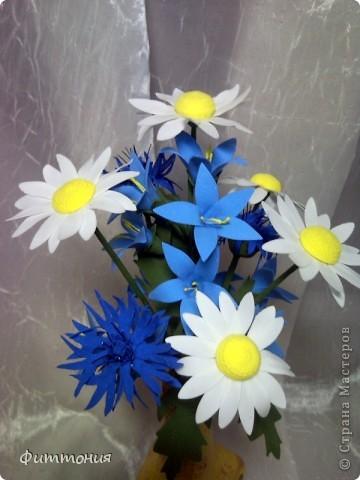 Снова полевые цветы. Хотелось увязать декор бутылочки и букетика.  фото 3