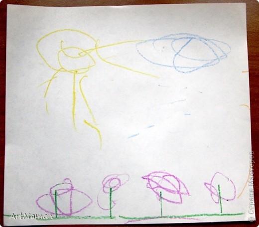 """Наш первый """"настоящий"""" рисунок (1 г. 7 мес.). Деть рисовала все сама, кроме зеленых стебельков цветочков (их рисовала мама).  фото 1"""