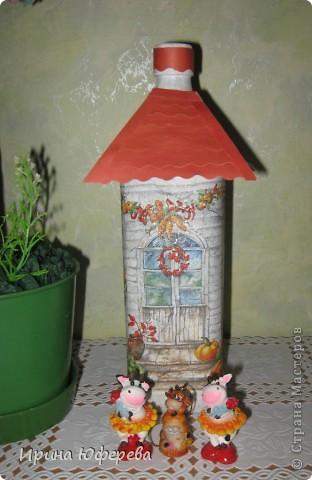К такой бутылочке сразу напросилось деревце, под которым стоит домик....в деревне... фото 2