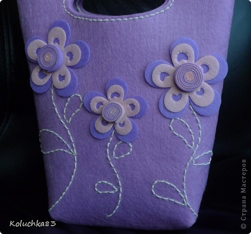 """Вот она - сумочка  """"Лиловые цветы"""" из очередного фетр-набора серии """"D&M"""". фото 2"""