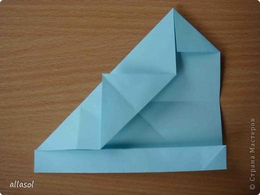 """Готовлюсь к занятиям кружка """"Оригами"""". Тема """"Орнаменты"""". Чтобы заинтересовать, стараюсь сделать образцы. Вот что у меня получилось сегодня. Это орнамент """"Иллюзия"""". Делала по книге Т.Сержантовой """"100 праздничных моделей оригами"""". Выглядит красиво, но уж очень много слоев. Ведь этот орнамент из 20 модулей. фото 19"""