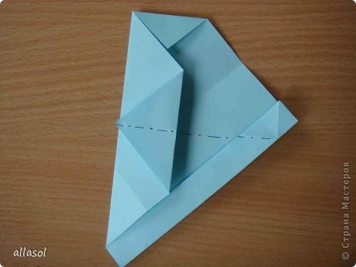 """Готовлюсь к занятиям кружка """"Оригами"""". Тема """"Орнаменты"""". Чтобы заинтересовать, стараюсь сделать образцы. Вот что у меня получилось сегодня. Это орнамент """"Иллюзия"""". Делала по книге Т.Сержантовой """"100 праздничных моделей оригами"""". Выглядит красиво, но уж очень много слоев. Ведь этот орнамент из 20 модулей. фото 20"""