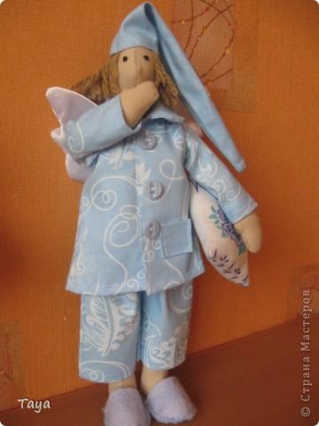 Благодаря Ирене и я пошила ангелов добрых снов.Спасибо Ирена за вдохновение и МК! http://stranamasterov.ru/node/183703 Куклы получились не большие 25см. фото 2