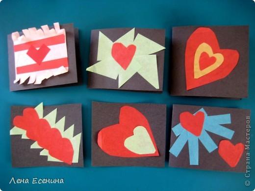 Птички сделаны 5-6-летками из цветной бумаги и бумажных стаканчиков для кексов (я не знаю, продаются ли такие стаканчики в России, в США они есть в любом супермаркете). Идея взята из книги The Little Hands Art Book автора Judy Press (США). фото 2