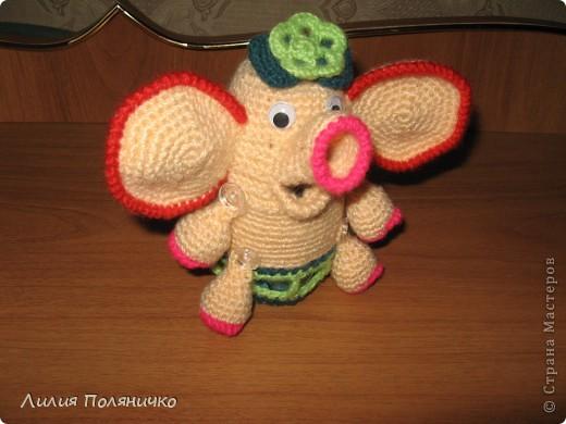 Представляю вашему вниманию развивающую игрушку слонишку-обжорку: фото 1
