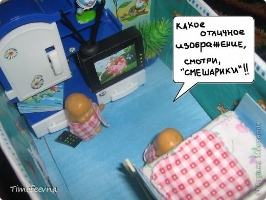 """Мой сын Миша справедливо заметил, что в нашем <a href=""""http://stranamasterov.ru/node/176652"""">домике для пупсиков</a>  нет телевизора. В чём проблема? Будет!  фото 16"""
