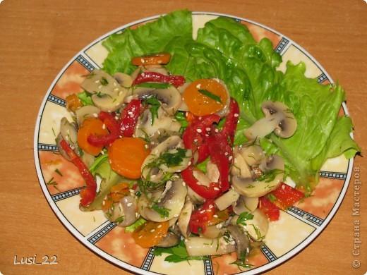Тигрёнок. Так можно украсить любой салат. А вот МК по приготовлению этого салатика http://www.say7.info/cook/recipe/736-Salat-Tigrenok.html. Только лично мне он не очень понравился сочетанием продуктов. фото 15
