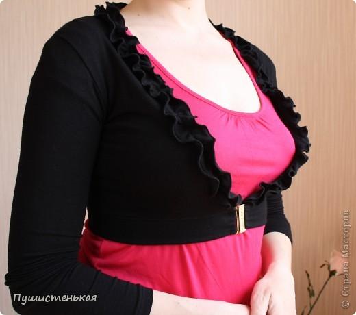 Простое платьице шила из ткани купон с резичатым верхом... И за эту ткань спасибо, сетрульке-котофеевне!  фото 2