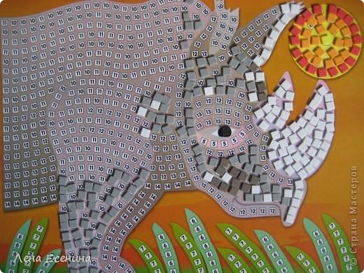 Страница из книги Foam Book by Chicken Socks. Пористая резина (foam) - замечательный материал, дающий бесконечные возможности для творчества. Я нахожу его очень удобным для творческих занятий с совсем маленькими детьми - 1.5-3 лет, так как ручкам работать с объемными материалами проще... фото 10