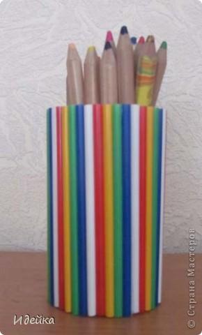 Вот такме карандашницы получились из жестяных баночек от маслин. фото 2