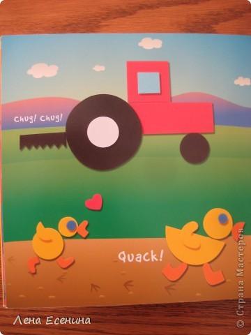 Страница из книги Foam Book by Chicken Socks. Пористая резина (foam) - замечательный материал, дающий бесконечные возможности для творчества. Я нахожу его очень удобным для творческих занятий с совсем маленькими детьми - 1.5-3 лет, так как ручкам работать с объемными материалами проще... фото 5