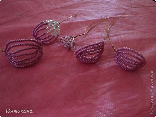 Бисер я использовала 2х цветов розовый и белый. фото 8