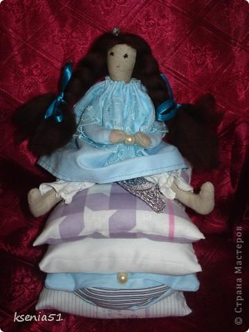 Принцесса собственной персоной- младшая сестренка моей прошлой принцессы, хотя размер ее больше :))) Сидит самостоятельно! фото 1