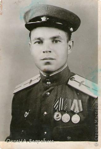 Знакомьтесь! Это - мой дед! Маркеев Василий Емельянович. На этом фото ему чуть больше 20 лет. Фотография сделана 27 марта 1943 г., когда дед обучался в Первой ульяновской краснознаменной танковой школе. фото 7
