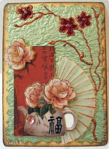 Новая серия из 9 карточек в восточной тематике.  Попробовала использовать для веточек и цветов  витражные контуры  и краски. Фон - плотная жатая бумага с блеском.  Серия дополнена и закрыта.  фото 3