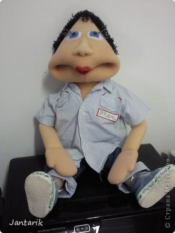 Это моя первая кукла,сделанная из пароллона.Одет в детскую одежду-подошло по размеру. фото 1