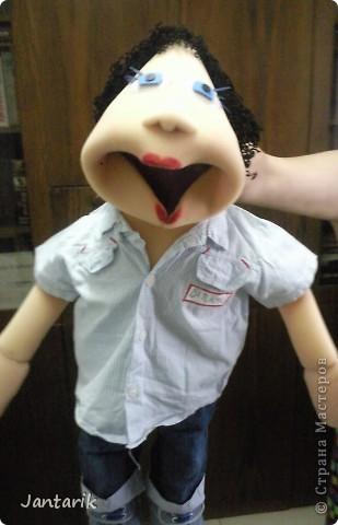 Это моя первая кукла,сделанная из пароллона.Одет в детскую одежду-подошло по размеру. фото 4