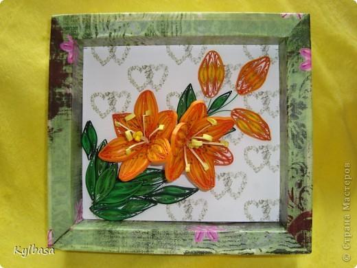 Скоро день Рождения моей мамы. И зовут ее Лилия. Обычно я дарю ей живые лилии, но в этом году, вдохновившись работами местных мастериц, решила  сделать вот такие.  фото 2