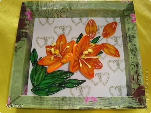 Скоро день Рождения моей мамы. И зовут ее Лилия. Обычно я дарю ей живые лилии, но в этом году, вдохновившись работами местных мастериц, решила  сделать вот такие.  фото 3